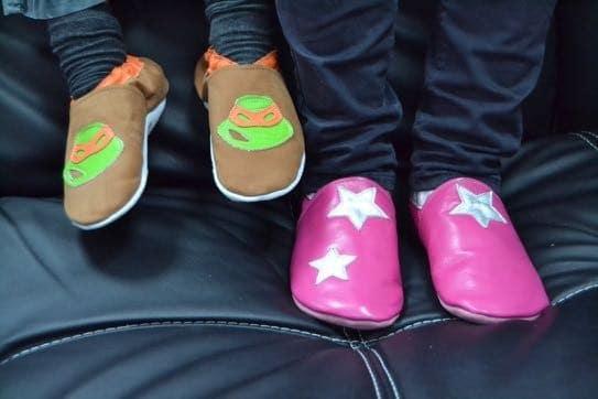 chaussons bébé en cuir